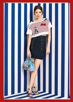 Scopri Dolce&Gabbana Collezione Donna Estate 2017 Marina e lasciati ispirare.