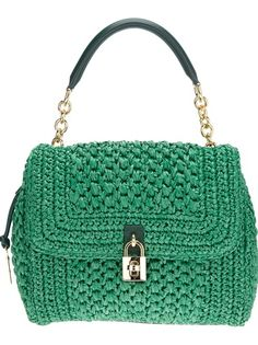 DOLCE and GABBANA Bolsa Verde. No pattern (duh) just a little ol' crocheted handbag with a price tag over a $1000.