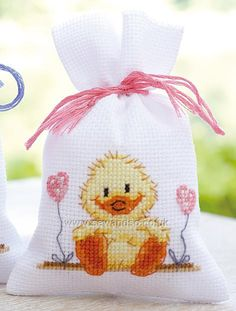 Knitting, crochet, embroidery, sewing and tons of inspiration for your next project. Cross Stitch For Kids, Cute Cross Stitch, Cross Stitch Cards, Cross Stitch Animals, Cross Stitching, Modern Cross Stitch Patterns, Counted Cross Stitch Patterns, Cross Stitch Designs, Cross Stitch Embroidery