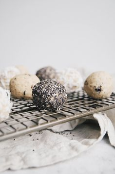 uber healthy (and tasty) fit mix balls (review)