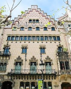 edificis modernistes de barcelona - Buscar con Google
