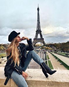 Pin by Lauren Nesbitt on Paris and London in 2019 Paris Pictures, Paris Photos, Travel Pictures, Travel Photos, Paris Photography, Photography Poses, Travel Photography, Europe Outfits, Paris Outfits