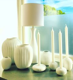 Vaser och ljusstakar i Kählers Hammershøi-serie.   www.var-dags-rum.se