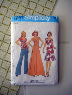 Simplicity 7267 vintage Pattern, sewing pattern, dress and skirt pattern st Designs By Willowcreek on Etsy by DesignsByWillowcreek on Etsy Pattern Sewing, Pattern Dress, Vintage Sewing Patterns, Simplicity Patterns, Top Stitching, Etsy Shop, Skirt, Knitting, Handmade