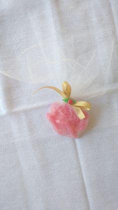 Mini sabonetes perfumados para qualquer tipo de lembranças <br> <br>Cor e aroma a escolha do clientes <br> <br>Valor do produto mais despesas postais!