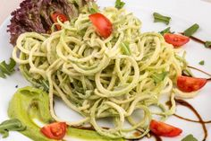 Zucchini Alfredo Entire recipe makes 4 servings Serving size is about 1 cup (half a zucchini with sauce). Each serving = 5 Points +
