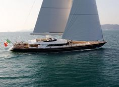 Clan VIII yacht was built in 2011 by Perini Navi. Viking Yachts, Ocean Sailing, Uss Constitution, Hms Victory, Viking Ship, Yacht Boat, Super Yachts, Motor Yacht, Power Boats