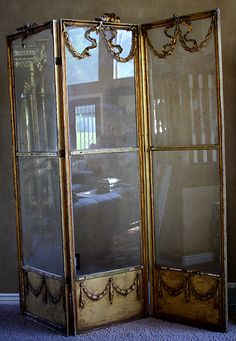 Decor: oh what a beautiful screen, and it doubles as a floor-length mirror! Vintage Interior Design, French Interior, French Decor, Room Divider Screen, Room Screen, Room Dividers, Home Decor Furniture, Antique Furniture, Dressing Screen
