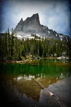 Alice Lake in the Sawtooth National Forest. A great hike! Hiking Spots, Hiking Trails, Sawtooth Mountains, Senior Trip, Future Travel, National Forest, Nice View, The Great Outdoors, Trip Planning