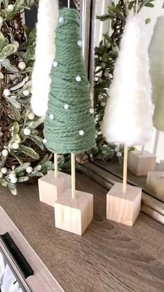 Rustic Christmas, Simple Christmas, Winter Christmas, Christmas Home, Christmas Ornaments, Christmas Trees, Diy Christmas Decorations For Home, Christmas Projects, Holiday Crafts