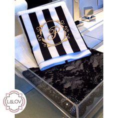 #lalov #toalhaspersonalizadas #monograma #blackandwhite #stripes #personalizados #kitlavabo