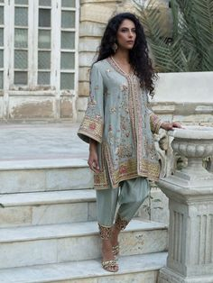 Shop the official Misha Lakhani online store for the latest wedding dresses, lehenga, bridal couture, ghagra choli, and many more. Pakistani Formal Dresses, Pakistani Party Wear, Pakistani Wedding Outfits, Pakistani Couture, Pakistani Dress Design, Indian Dresses, Indian Outfits, Bridal Outfits, Look Fashion