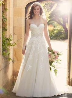 Essense of Australia trouwjurk   Art. code 34750. Maak nu een afspraak bij Weddings bruidsmode.