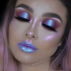 Make up; Exaggerated Makeup Looks; For … - Makeup Looks Celebrity Makeup Trends, Makeup Inspo, Beauty Makeup, Rave Makeup, Prom Makeup, Maquillage Halloween, Halloween Makeup, Halloween Face, Eyeshadow Makeup