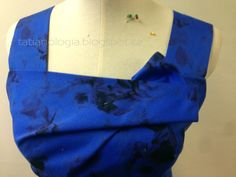 MK+blue+rose+dress+draping+6.jpg (1600×1200)