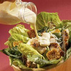 Срочно замените майонез на эти соусы! Главное в салате — это… СОУС! В зависимости от соуса, вы получите совершенно новые вкусы и сочетания. Экспериментируйте! Наша подборка рецептов поможет! Сметанный соус для салата Ингредиенты: 100 г сметаны 2 ч.л. горчицы 1 ч.л. сока лайма ил