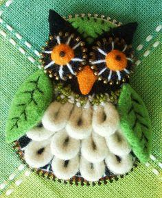 Felt and zipper owl #1 by woolly fabulous, via Flickr