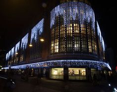 Turn on the lights op donderdag 19 november 19.00 uur: Bijenkorf Den Haag