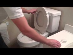 How to keep a toilet clean much longer (the video tutorial)