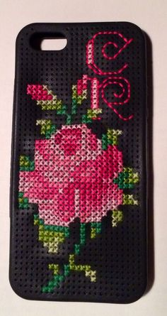 I love how my cross-stitched iPhone case turned out. It was pretty quick, too -- the perforated rubber case was easy to work. Props to Eline Pellinkhoff for the Rose design. #roses #crossstitch #xstitch #iphone