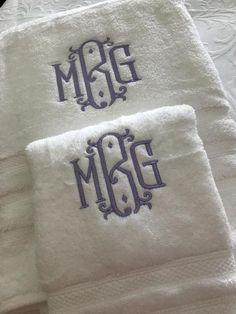 Personalized Luxury Bath Towel, Monogrammed Luxury Bath Towel, Custom Bath Decor, Personalized Home Decor, Personalized Guest Bath Decor Monogram Towels, Personalized Towels, Embroidery Monogram, Monogram Gifts, Embroidery Ideas, Best Housewarming Gifts, Luxury Towels, Luxury Bath, Towel Set