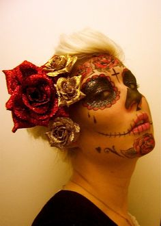 Day of the Dead Halloween sugar skull makeup Sugar Skull Face Paint, Sugar Skull Makeup, Sugar Skulls, Halloween Make Up, Halloween Face Makeup, Fantasy Make Up, Up Costumes, Halloween Costumes, Costume Ideas