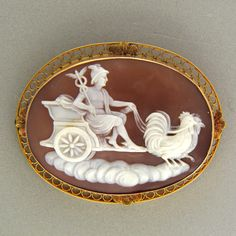 nobledictated the design, material use and motif choice of the cameo