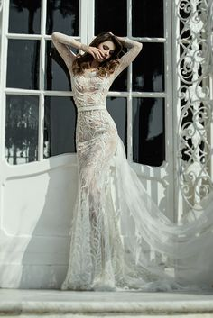 YolanCris |Opalo wedding dress featured in Sposa Moderna #YolanCris #Sposamoderna #Sposa #Casamento #weddingdress #Couturedress #bridaltrends #trends #fashion #weddingideas #weddingfashion #weddinglook #outfit