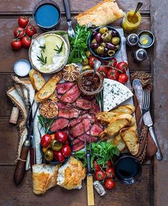 Tag your favorite person to share a meal with! Snack Life  - Courtesy of @dennistheprescott cc: @lifestylecuisine  via LUXURY LIFESTYLE MAGAZINE OFFICIAL INSTAGRAM - Luxury  Lifestyle  Culture  Travel  Tech  Gadgets  Jewelry  Cars  Gaming  Entertainment  Fitness
