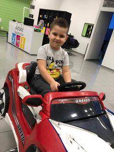 Dokonalé účesy, to je naša prednosť! Ak sme váš inšpirovali, pokojne sa u nás hláste! #kadernictvo #trnava #bratislava #kadenrictvotrnava #car #boy #littleboy #cute #cuteboy #haircut #hairstyle #boyhairstyle #slovakia #slovensko