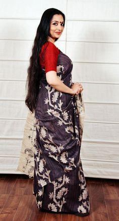 Tussar, Cotton and Matka Sarees Collection from Moksha Beautiful Women Over 40, Beautiful Girl Indian, Most Beautiful Indian Actress, Beautiful Saree, Beauty Full Girl, Beauty Women, Beauty 360, Hair Beauty, Sally Beauty