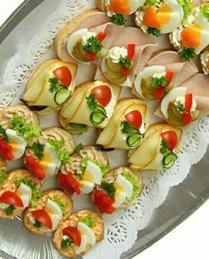 Party Finger Foods Party Snacks Appetizers For Party Appetizer Recipes Party Food Platters Plats Froids Food Garnishes Reception Food Tea Sandwiches Cold Appetizers, Finger Food Appetizers, Appetizers For Party, Finger Foods, Appetizer Recipes, Party Food Platters, Food Trays, Party Sandwiches, Food Garnishes