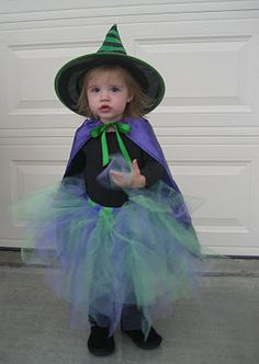 DIY Witch cape and skirt