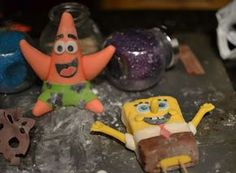 this is the perfect spongebob and patrick fondant tutorial... step by step....So Many Sprinkles: Spongebob Birthday Cake!