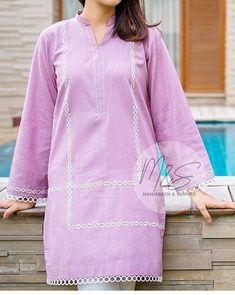 Simple Pakistani Dresses, Pakistani Fashion Casual, Pakistani Dress Design, Indian Fashion, Salwar Designs, Kurta Designs Women, Kurti Designs Party Wear, Stylish Dresses For Girls, Stylish Dress Designs