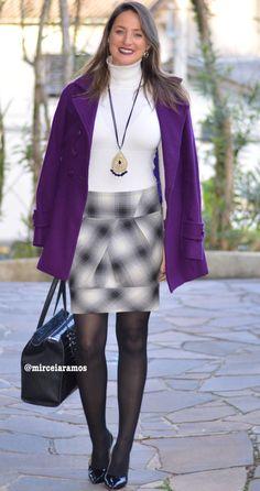 Look de trabalho - look do dia - look corporativo - moda no trabalho - work outfit - office outfit -  fall outfit - frio - look de outono - purple coat - casaco roxo - casacão - meia calça preta - black - gray