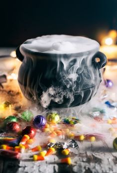 If you've never used dry ice before, consider Halloween your excuse to have a little fun. We've gathered some of these dry ice ideas that you can use for drinks, lanterns, and decorations. Dry Ice Halloween, Menu Halloween, Halloween Mignon, Cheap Halloween Decorations, Halloween School Treats, Halloween Appetizers, Halloween Birthday, Halloween Party Decor, Halloween Season