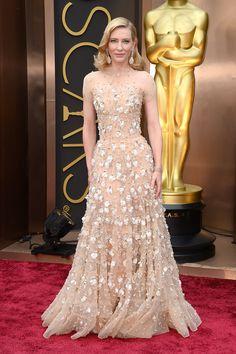 Oscar 2014: Cate Blanchett tan elegante como siempre con un vestido de Armani Privé y joyas de Chopard. Oscar a la mejor actriz por Blue Jasmine.
