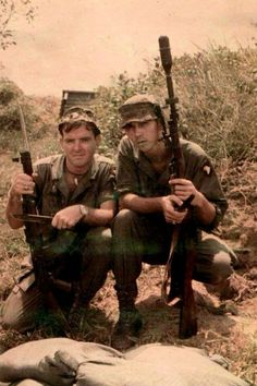 "Two members of 101st Airborne ""Screaming Eagles"" - Vietnam War"
