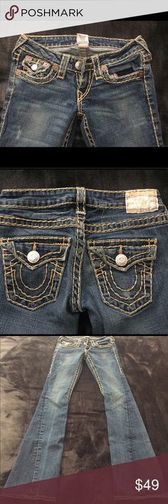 👖TRUE RELIGION JOEY JEAN👖 Perfect pair of True Religion Thick Gold stitch bootcut/flare jeans! Only flaw is back hems are a bit frayed, factory distressing throughout! Great color wash! 33 in inseam 👖 True Religion Jeans Boot Cut