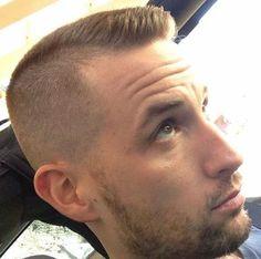 Ideas Haircut For Men Fade Crew Cuts - Women's Hairstyles New Mens Haircuts, Cool Boys Haircuts, Cool Hairstyles For Men, Popular Haircuts, Cut Hairstyles, Men's Haircuts, Military Haircuts, Bangs Hairstyle, Braid Bangs