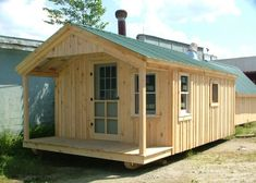 Looking for an outside office shed? Check out this prefab home office from Jamaica Cottage Shop that can also be used as a playhouse, studio, workshop & more. Prefab Cottages, Prefabricated Houses, Prefab Homes, Sheds For Sale, Cabins For Sale, Cottage Kits, Cottage Homes, Cabana, Prefab Office