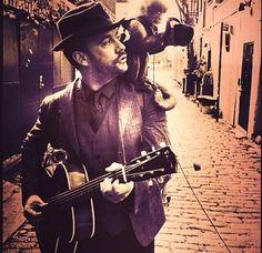 Dave Matthews. Photo by John Varvatos Monkey.