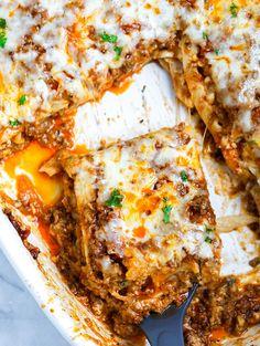 Meat Lasagna via @cookinwithmima Pasta Recipes For Lunch, Yummy Pasta Recipes, Beef Recipes, Pasta Recipies, Dinner Recipes, Easy Lasagna Recipe, Homemade Lasagna, Beef Olives, Meat Lasagna