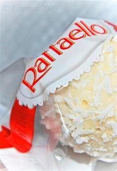 raffaello closeup White Chocolate, Baking, Raffaello, Bakken, Backen, Sweets, Pastries, Roast