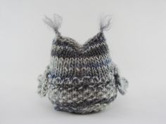 You have to see Seamus the Owl Knitting Pattern on Craftsy! - Looking for knitting project inspiration? Check out Seamus the Owl Knitting Pattern by member Linda Dawkins. Owl Knitting Pattern, Knitting Patterns Free, Free Knitting, Baby Knitting, Free Pattern, Crochet Patterns, Simple Knitting, Knitted Owl, Knitted Animals
