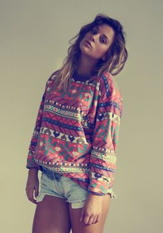 clothes, dip dye, dip dyed, diy, hair, hot body, outfit, secondhand, shirt, shorts, style, sweater, vintage