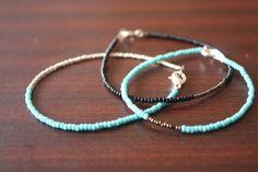 Easy peasy seed bead bracelet tutorial.