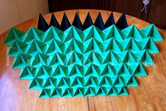 Cooker-Yamaguchi The Magic of Origami Christmas Tree pieces 2 copy Origami Christmas Tree, Christmas Ornaments, Wish You Luck, Snowflakes, Bing Images, Projects To Try, Yamaguchi, Fun, Cooker