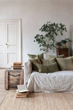 All the natural decoration ideas you need to turn your home into an earthy oasis . - All the natural decorating ideas you need to turn your home into an earthy oasis - Design Living Room, Living Room Decor, Bedroom Decor, Wall Decor, Cheap Home Decor, Diy Home Decor, Natural Home Decor, Natural Bedroom, Natural Interior